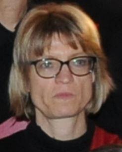 Evelyne B.